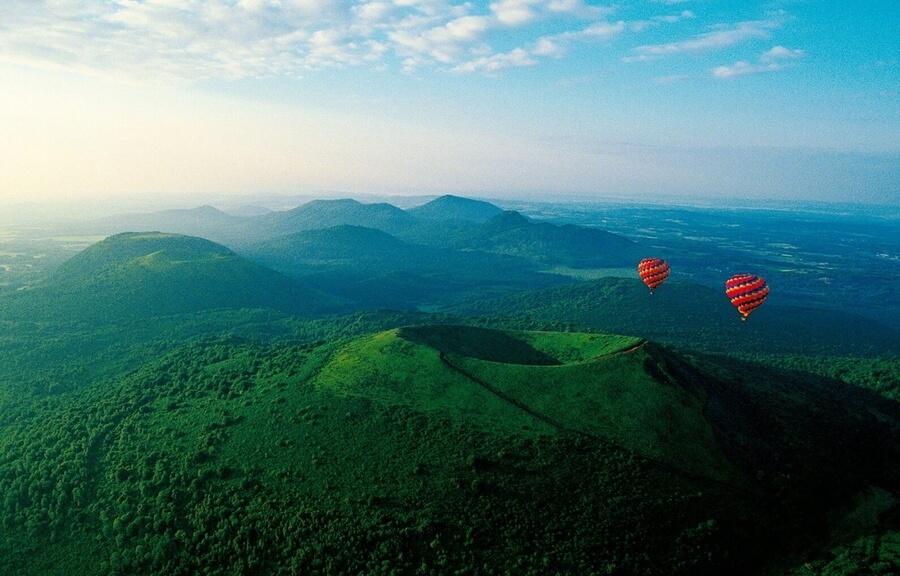 Auvergne : au pays des volcans